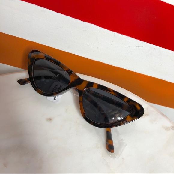 NEW Free People tortoise sunglasses